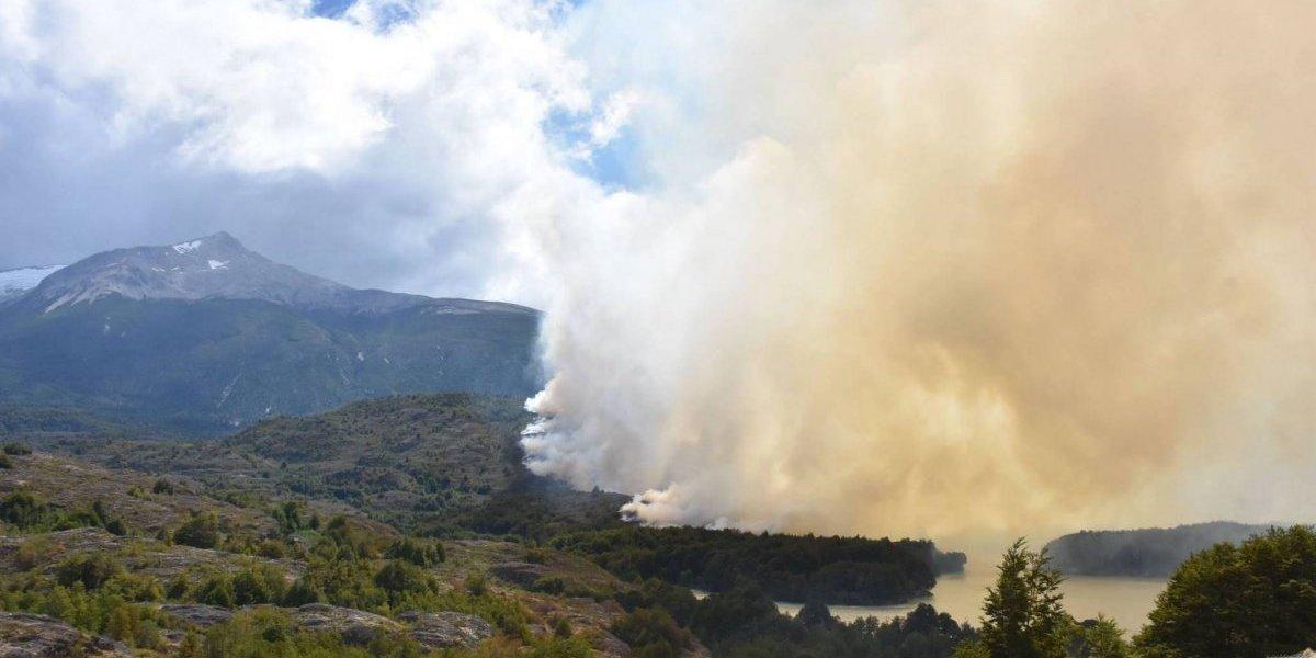 Más de 15 mil hectáreas arrasadas por el fuego: qué vuelve imbatible a las llamas del megaincendio de Aysén