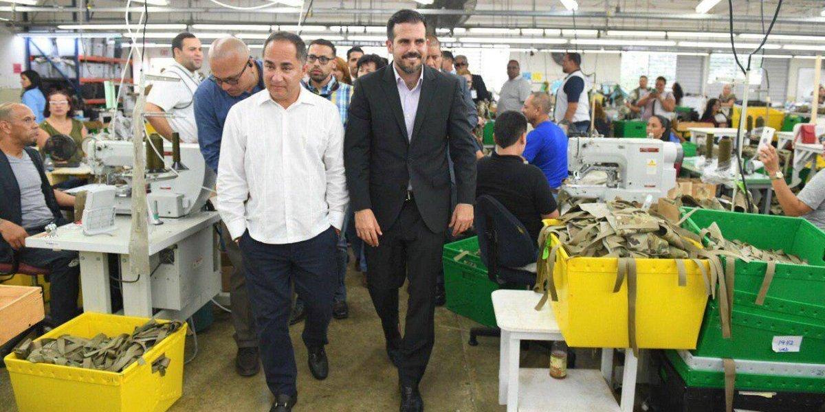 Rosselló anuncia ampliación de operaciones de fábrica de equipo militar