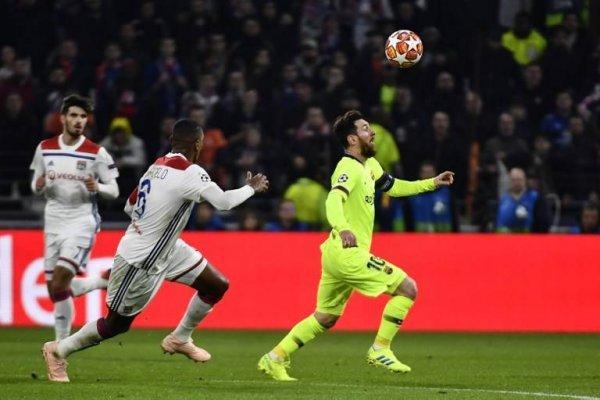 Robaron a tres jugadores del Lyon mientras se jugaba la Champions