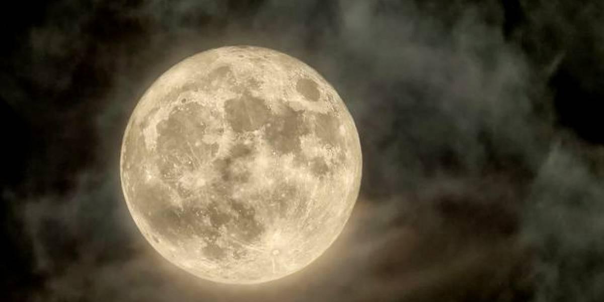 Así se vio la majestuosa Superluna de nieve en diferentes puntos del planeta