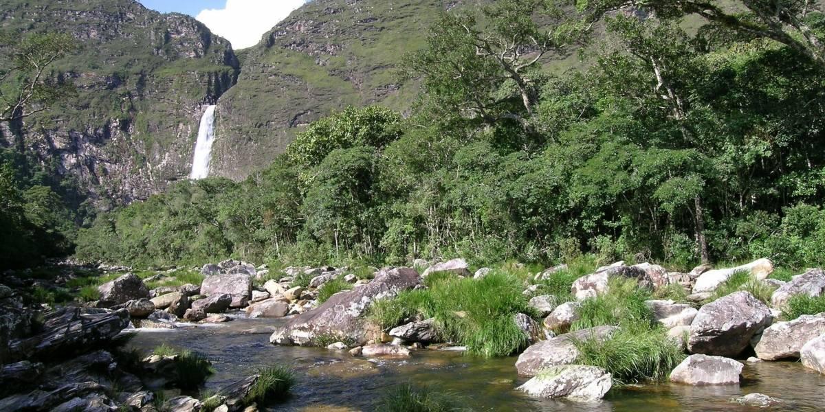 Polícia Federal prende 30 por extração ilegal de quartzito no parque nacional Serra da Canastra