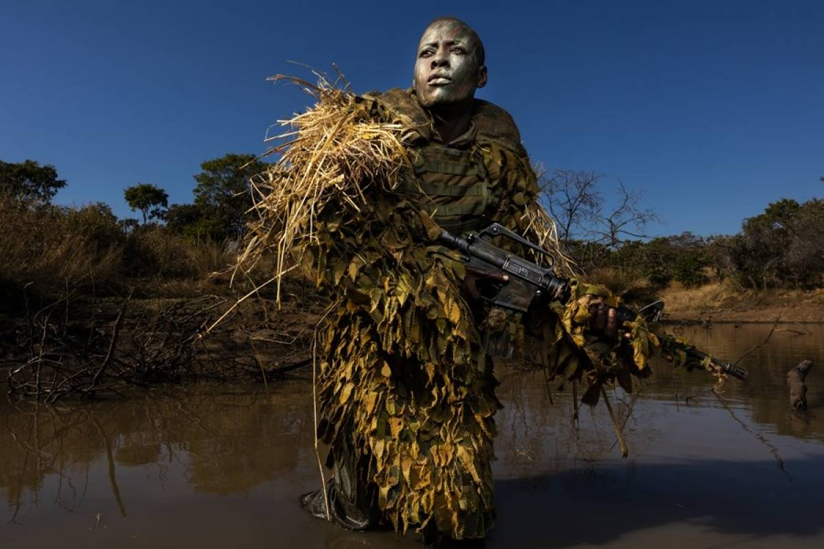 Las valientes de Akashinga. De Brent Stirton. Foto: worldpressphoto.org