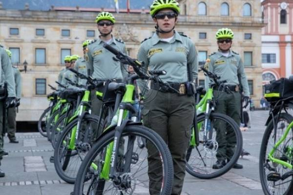 Entregan 200 bicicletas para mejorar la seguridad en las ciclorrutas de Bogotá
