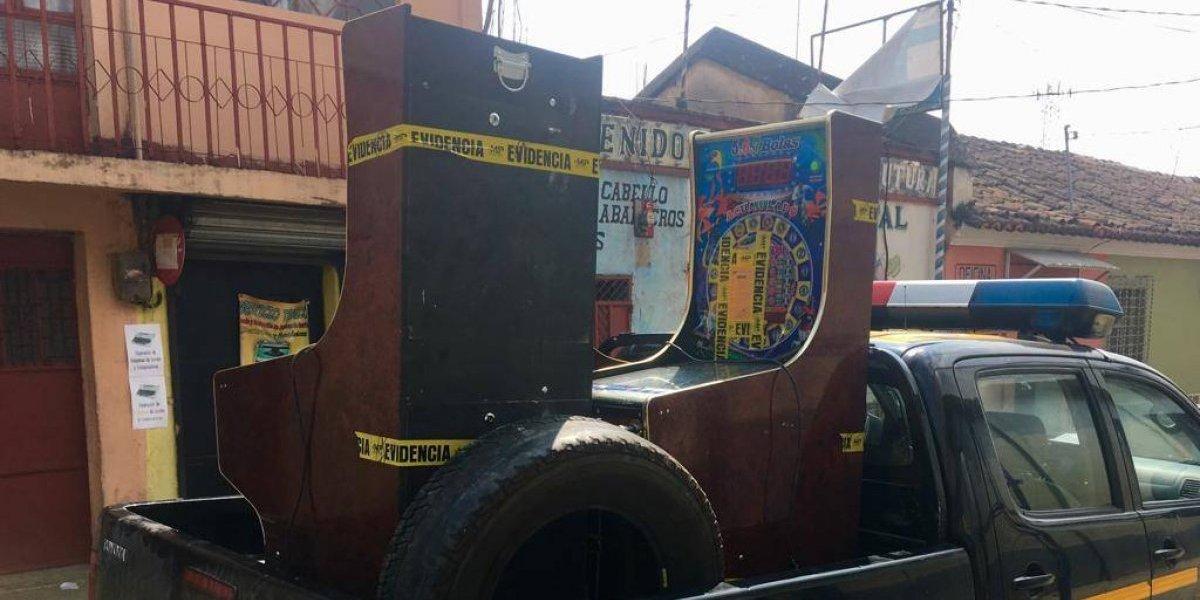 Decomisan máquinas tragamonedas en Totonicapán