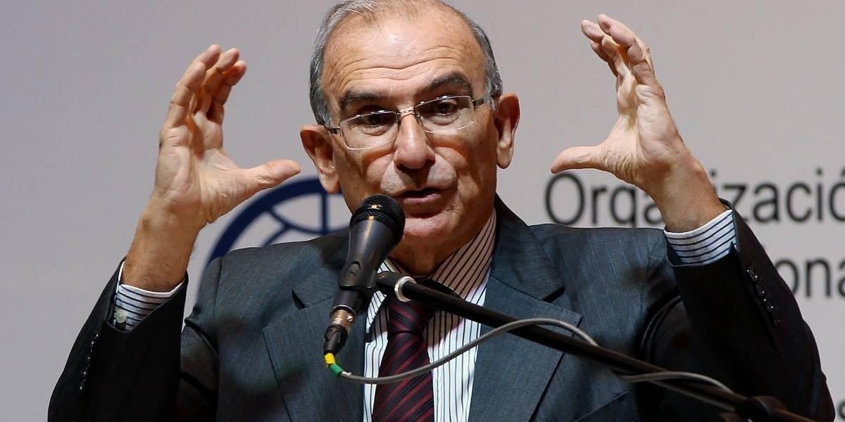 Humberto De La Calle se defiende del trino 'incitando' el odio contra Zidane