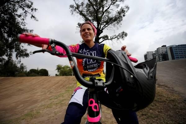 Doménica Azuero y su pasión el bicicrós.