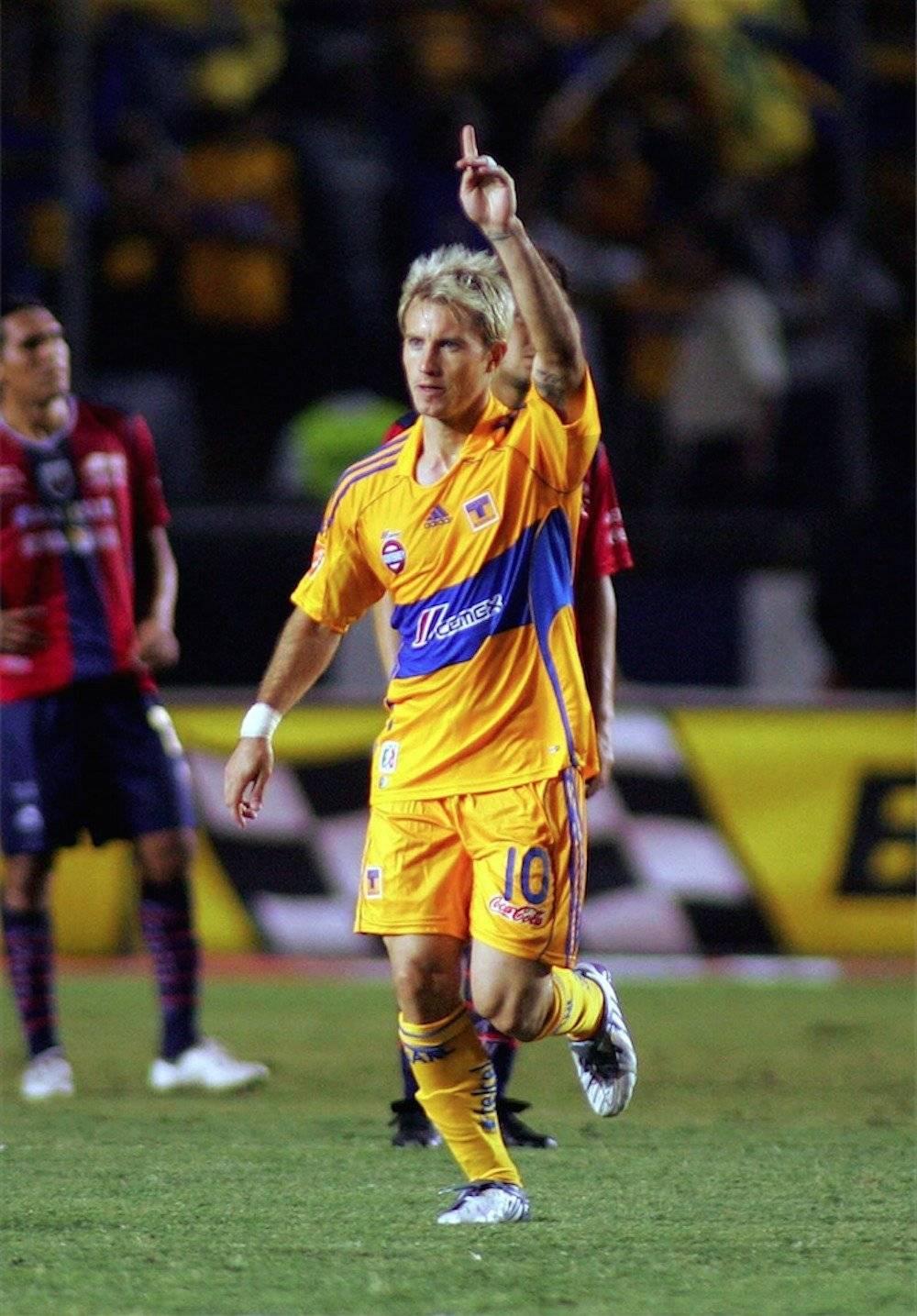 """Gastón """"la Gata"""" Fernández / Mexsport"""
