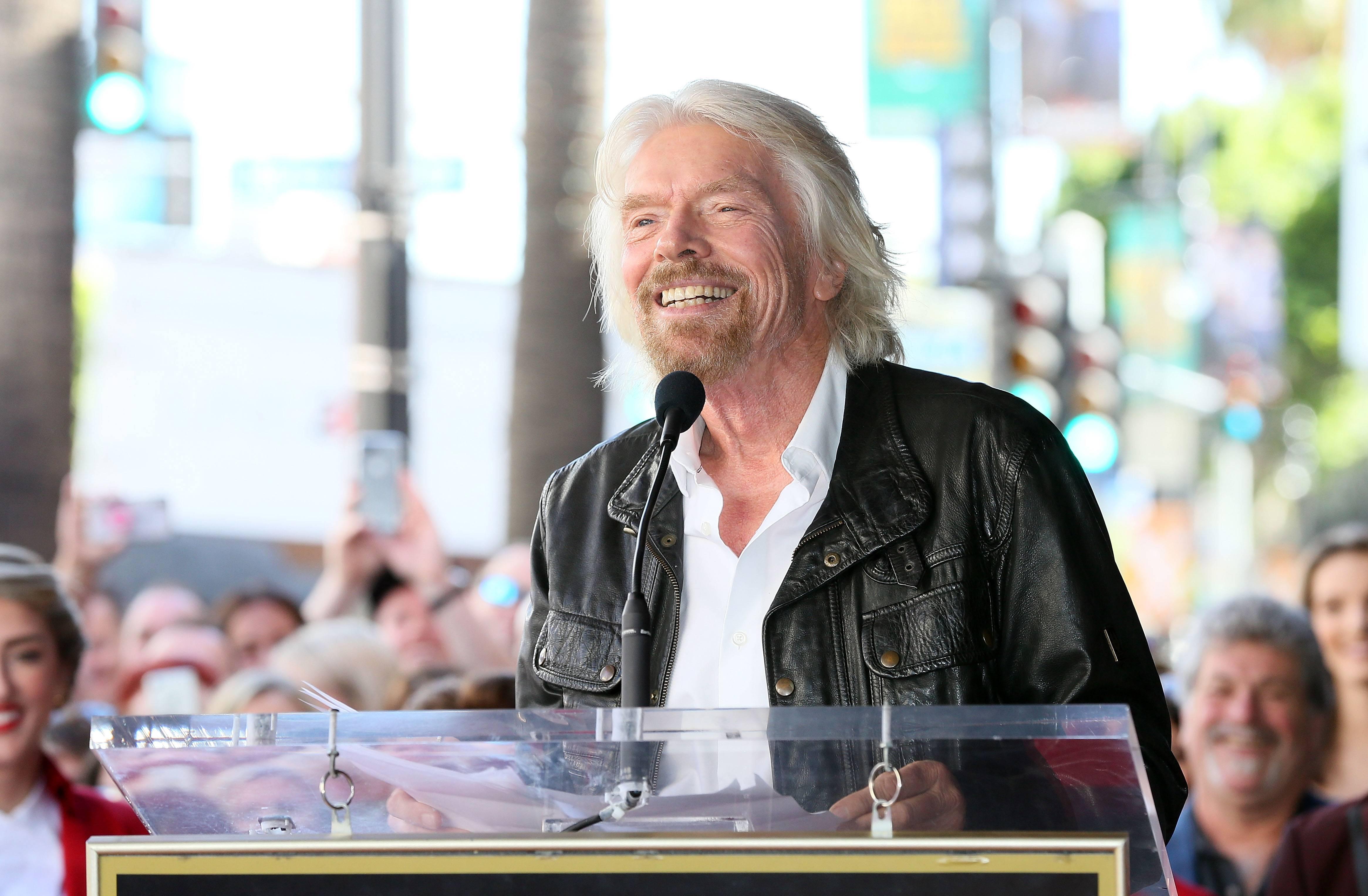 """Venezuela Aid Live: el polémico """"concierto doble"""" que enfrenta a Roger Waters y al empresario Richard Branson"""
