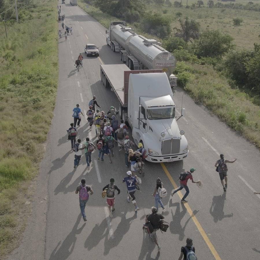 La caravana migrante. De Pieter Ten Hoopen. Foto: worldpressphoto.org
