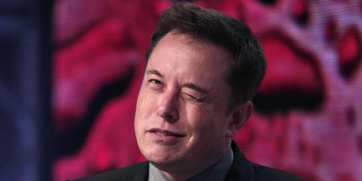 Elon Musk responde en redes misterio de su viaje en el tiempo