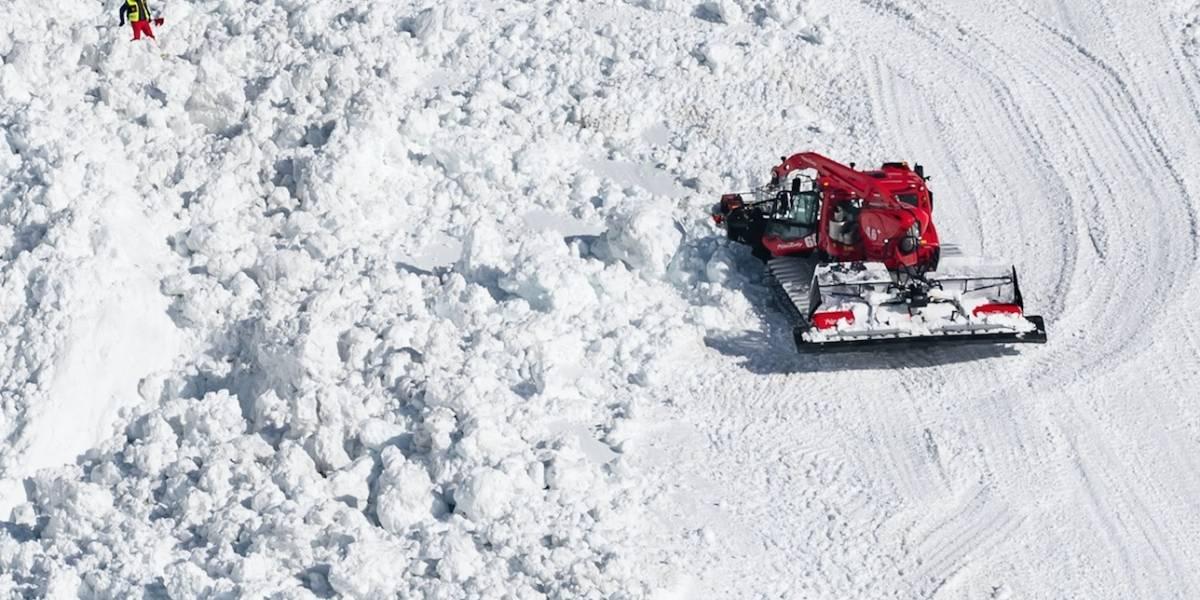 Muere uno de los cuatro lesionados por avalancha en popular centro de esquí en Suiza