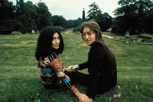 Yoko Ono reeditará disco que grabó con John Lennon