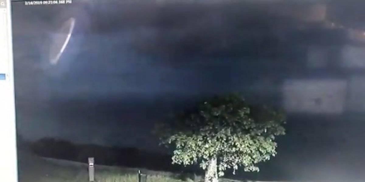 """Extraño objeto aparece en el cielo de Australia, según la policía """"parece que no estamos solos"""""""