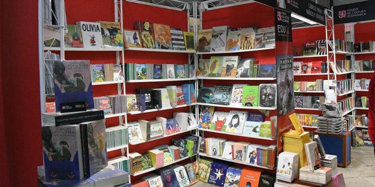IEEM presente en Feria del Libro en el Palacio de Minería