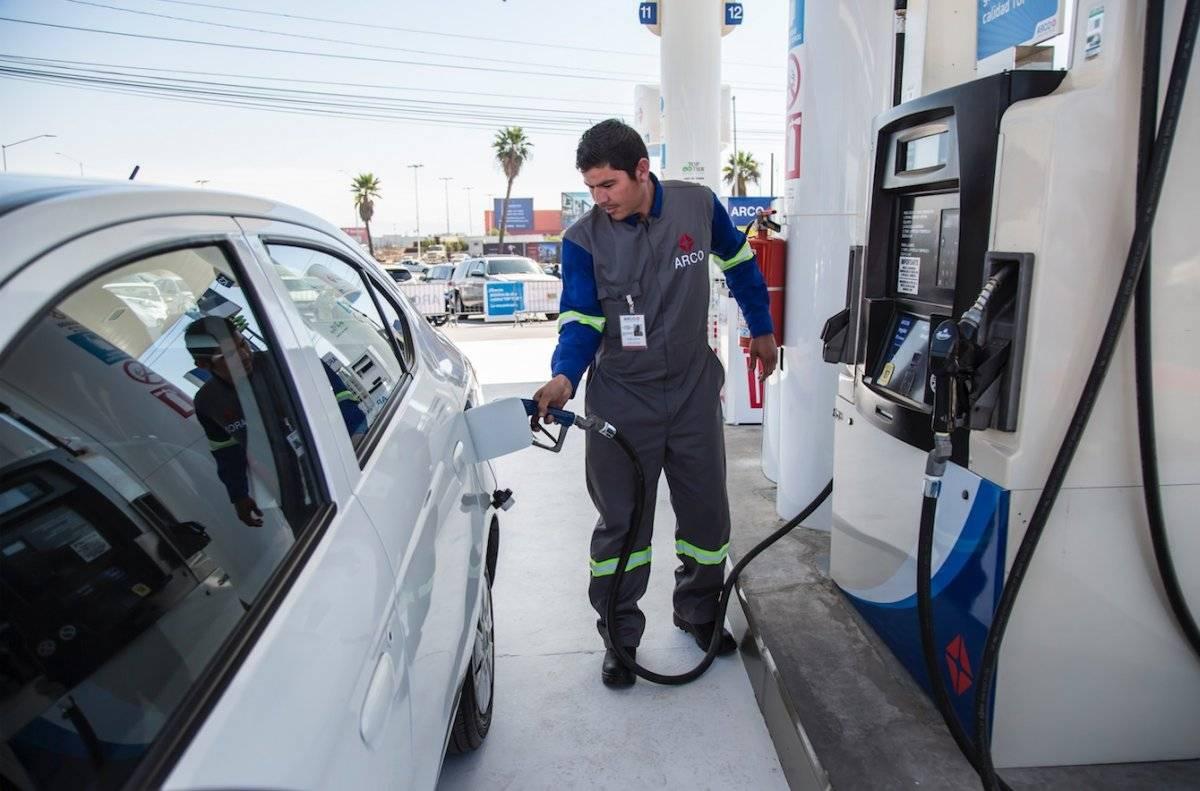 Gasolina y diésel casi en 23 pesos