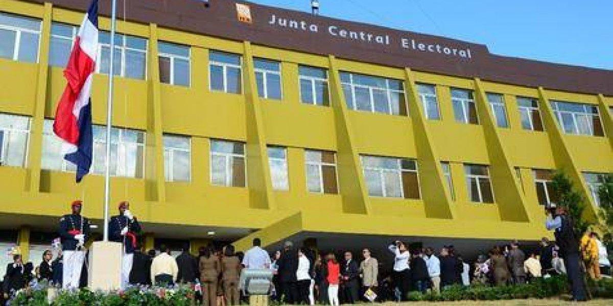Más dinero: JCE firmará auditoría internacional para voto automatizado