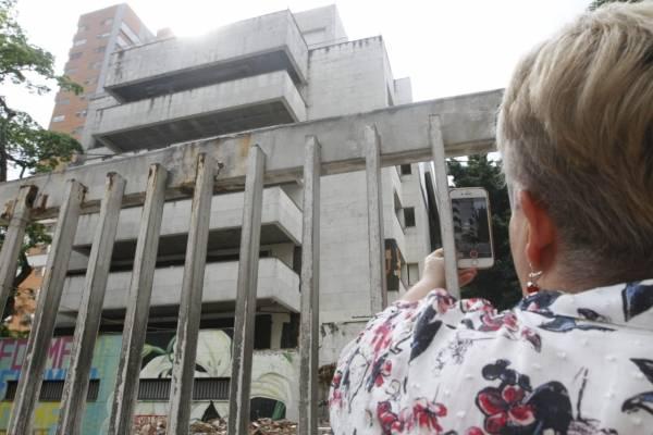 Luz María Escobar, hermana de Pablo Escobar, en el Mónaco