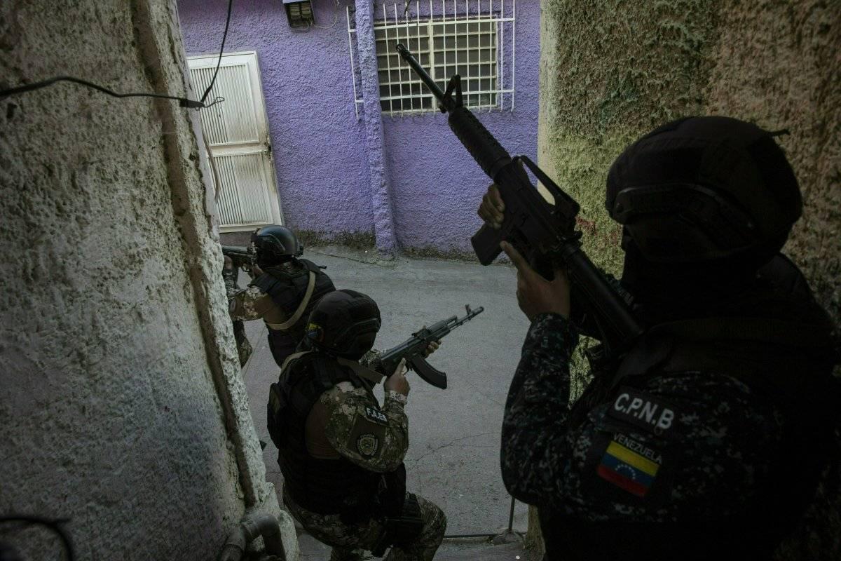 Miembros de las Fuerzas de Acciones Especiales (FAES)
