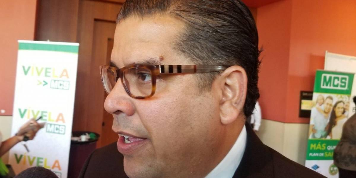 """Emplazan a """"Johnny"""" Méndez a retomar agenda legislativa"""