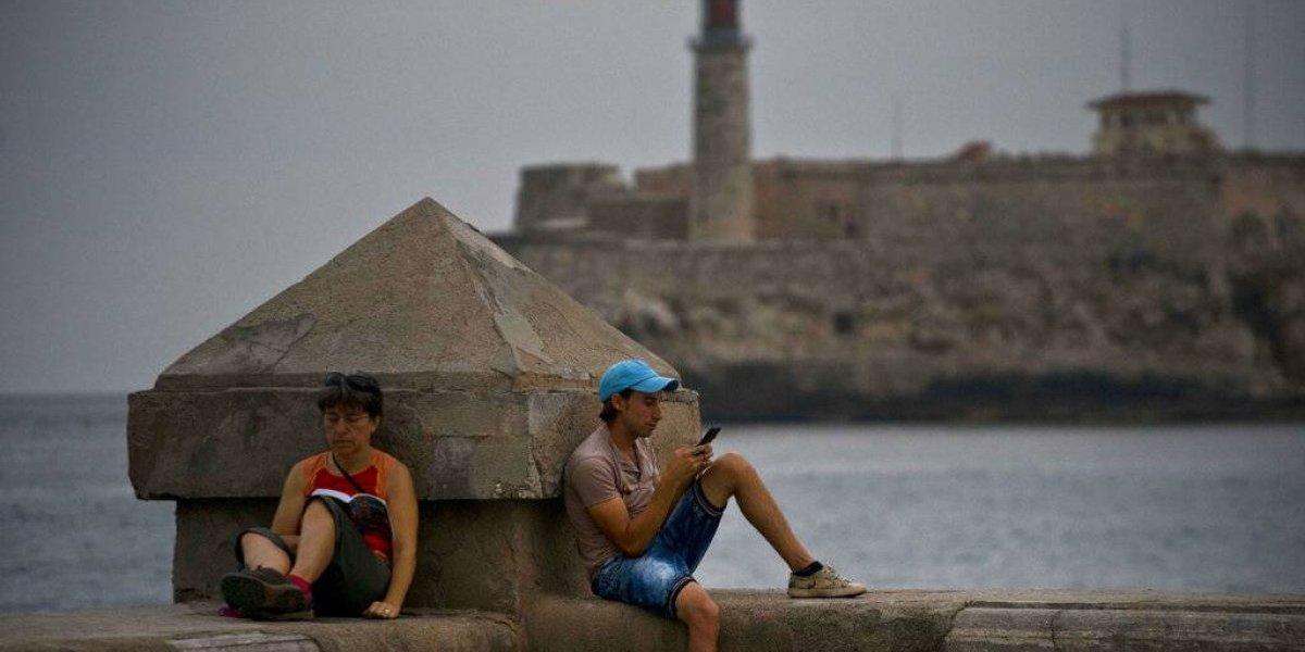 Internet móvil cambia el escenario en Cuba