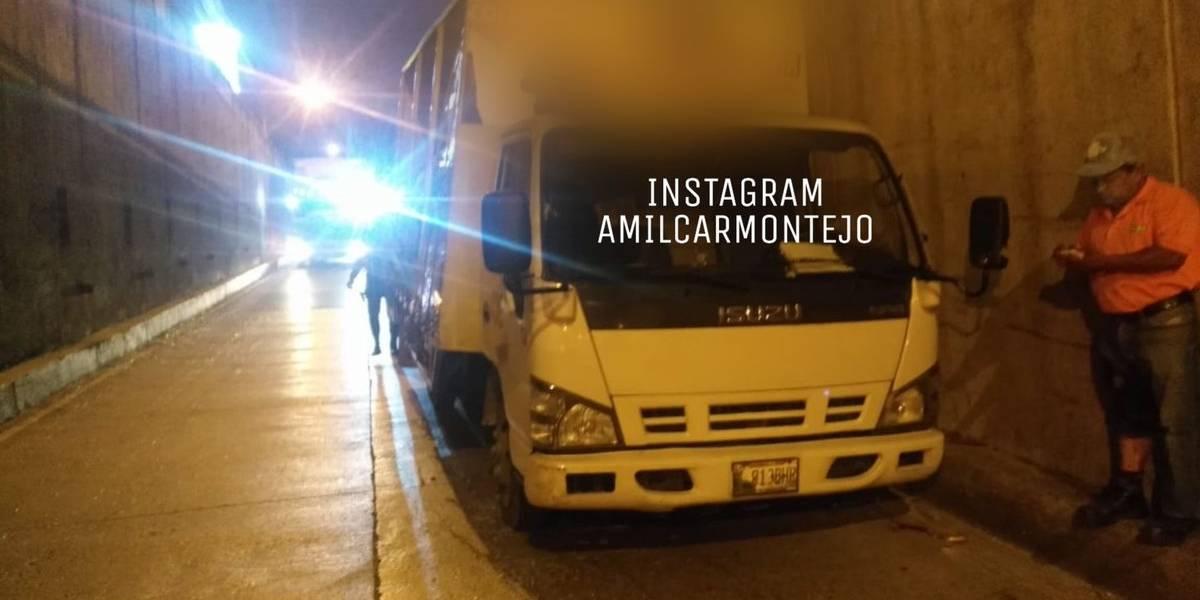 Disparan contra piloto de camión repartidor en ruta al Atlántico
