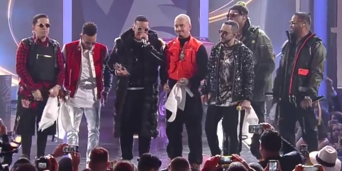 El emotivo homenaje que J Balvin le hizo a Daddy Yankee en Premios Lo Nuestro