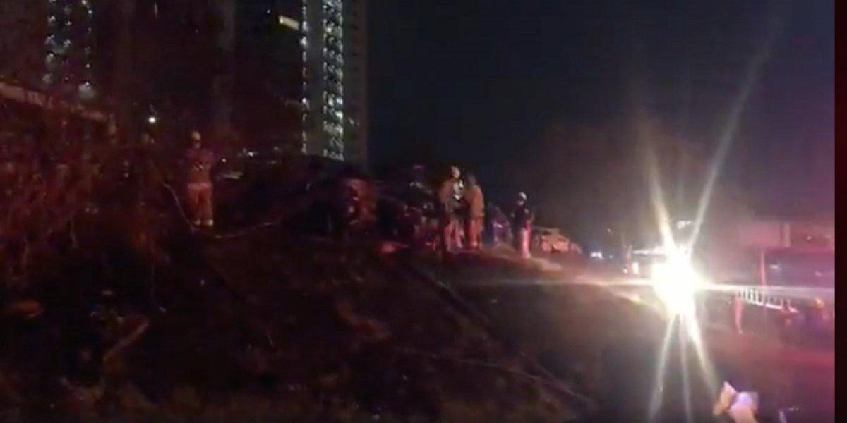 Presuntos delincuentes incendian cinco autos en San Pedro, Nuevo León