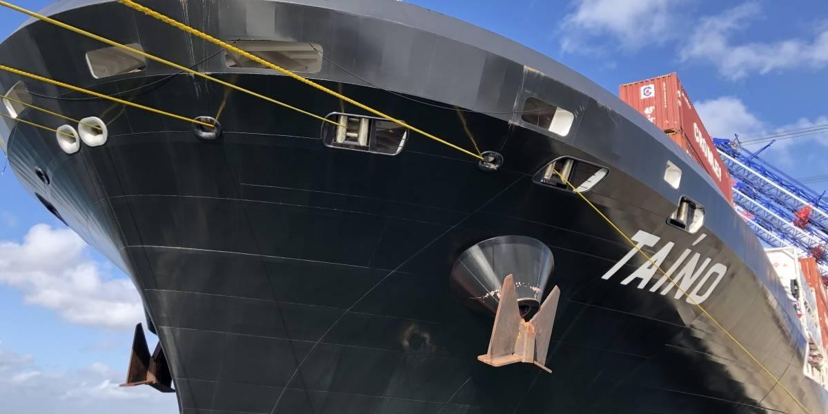 Crowley celebra en grande el bautizo del barco MV Taíno