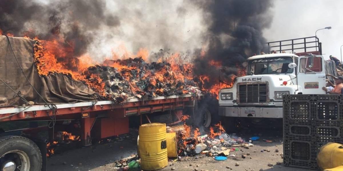 Manifestantes quemaron accidentalmente ayuda humanitaria el 23F — NYT