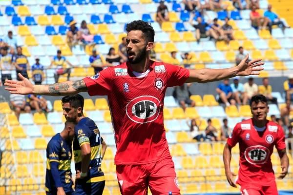 Coquimbo logró un trabado empate ante Curicó Unido