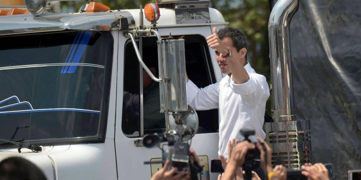 En medio de un clima de tensión y con enfrentamientos en la ciudad de Ureña, Guaidó asegura que comenzó a ingresar ayuda humanitaria a Venezuela