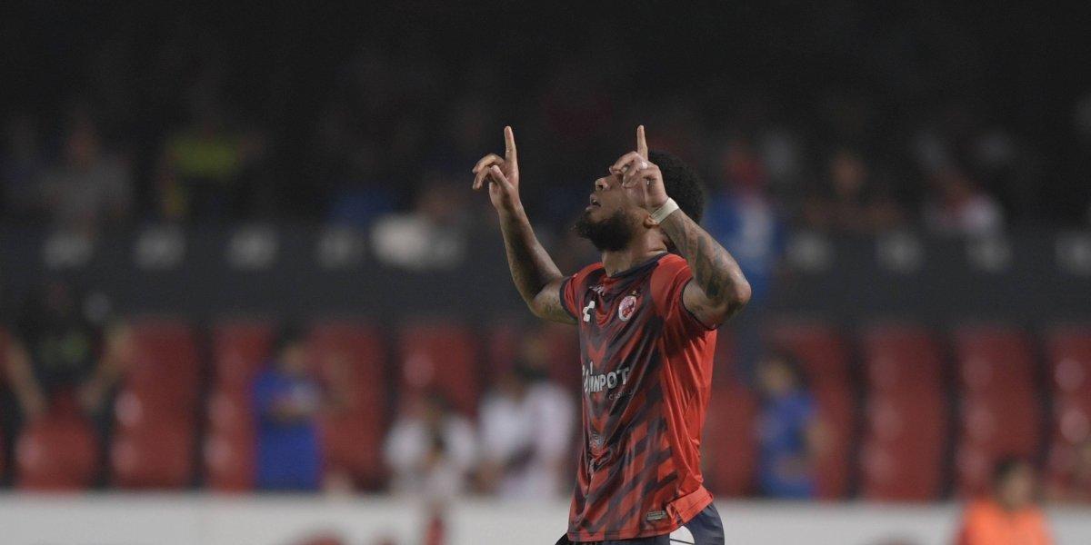 Kazim Richards acusa precarias condiciones de jóvenes en equipo de Veracruz
