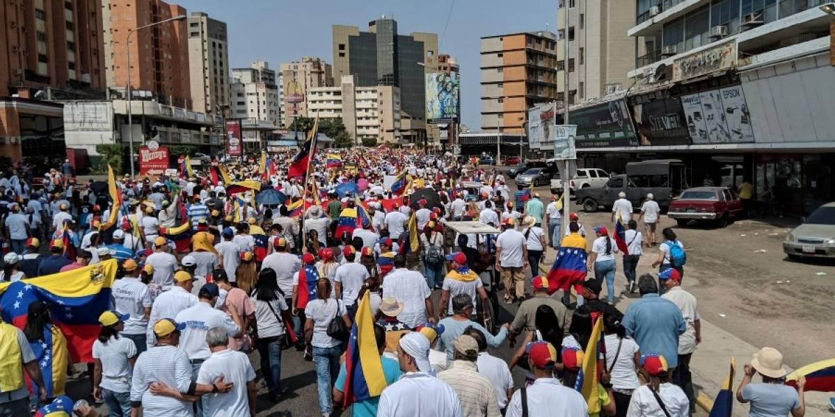 Grupo de exiliados se unen a la oposición en Venezuela