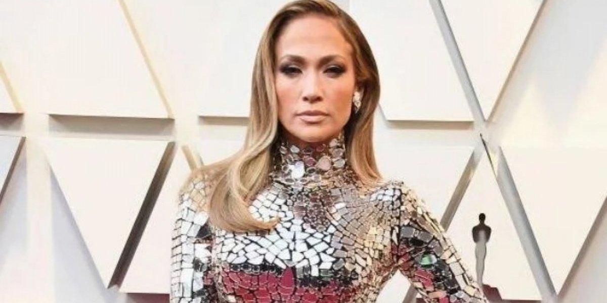 Así llegó Jennifer Lopez a la gala de la alfombra roja de los premios Oscar