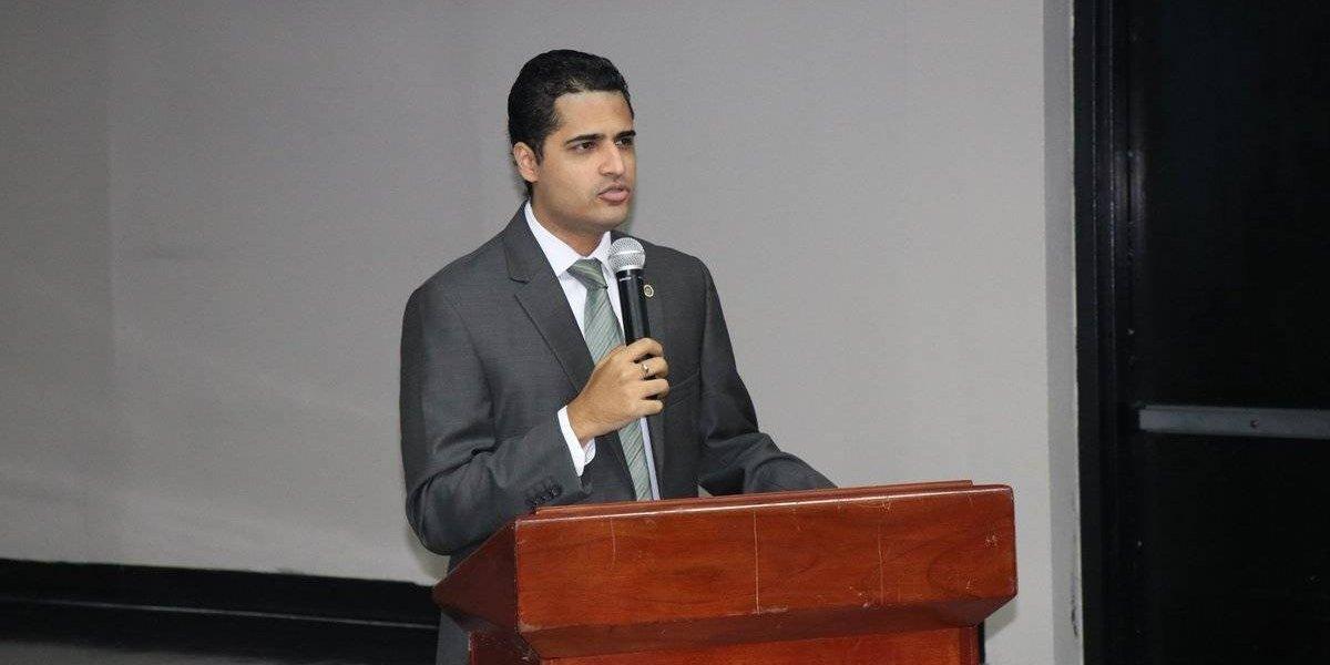Nombran al actual secretario del Trabajo como nuevo asesor legal de Fortaleza