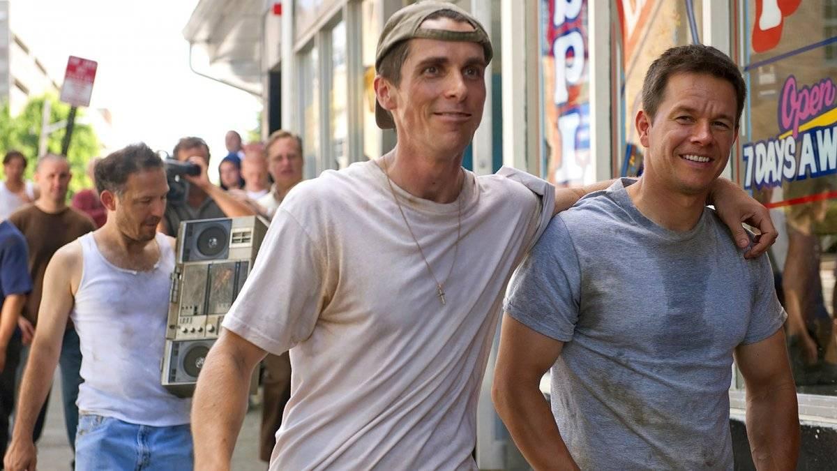 Em meio ao contrato por Batman, Bale emagreceu 13 quilos para viver Dicky Eklund em O Vencedor. O esforço valeu a pena, rendendo a ele o Oscar de Melhor Ator Coadjuvante Divulgação