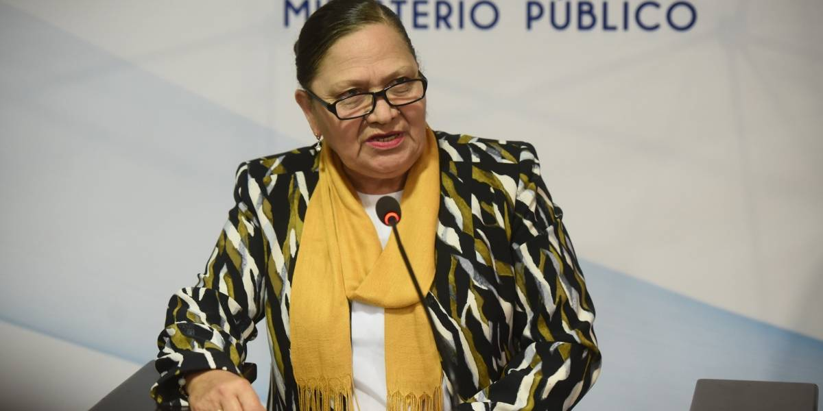 Consuelo Porras rechaza denuncia en su contra presentada por exagente fiscal Andrei González