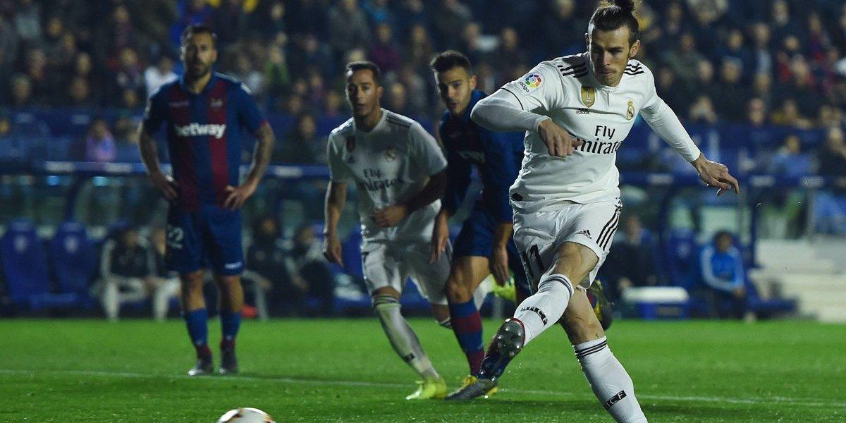 Real Madrid a punta de dos penales venció con lo justo al Levante