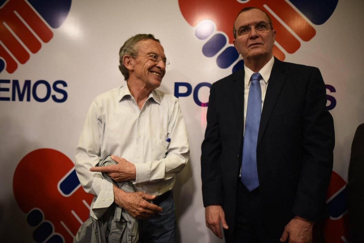 Julio Rivera Clavería y Gustavo Porras asistieron a la asamblea de Podemos. Foto: Edwin Bercián