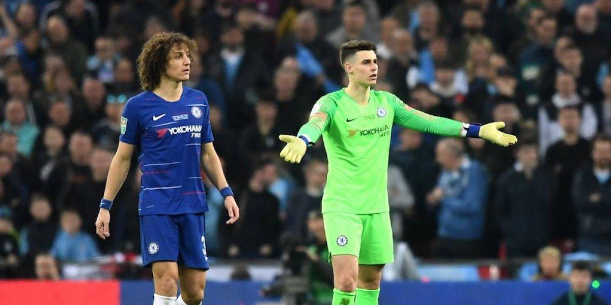 Portero del Chelsea se niega a salir de cambio y se enfrenta a su técnico