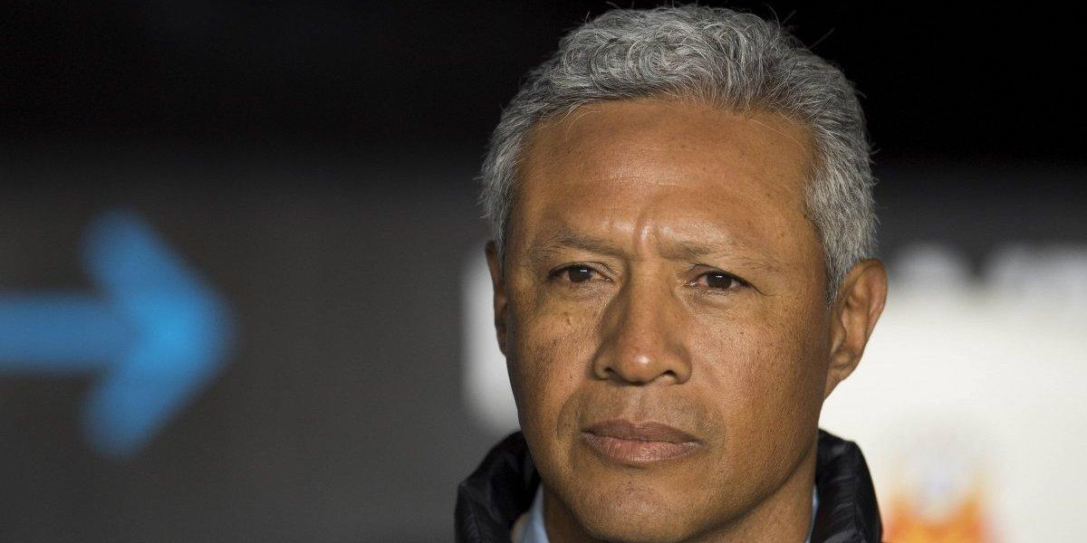 Roberto Hernández deja el banquillo de Monarcas Morelia