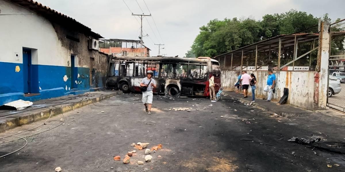 Amanece Ureña entre escombros; hay 100 heridos en zona fronteriza con Colombia