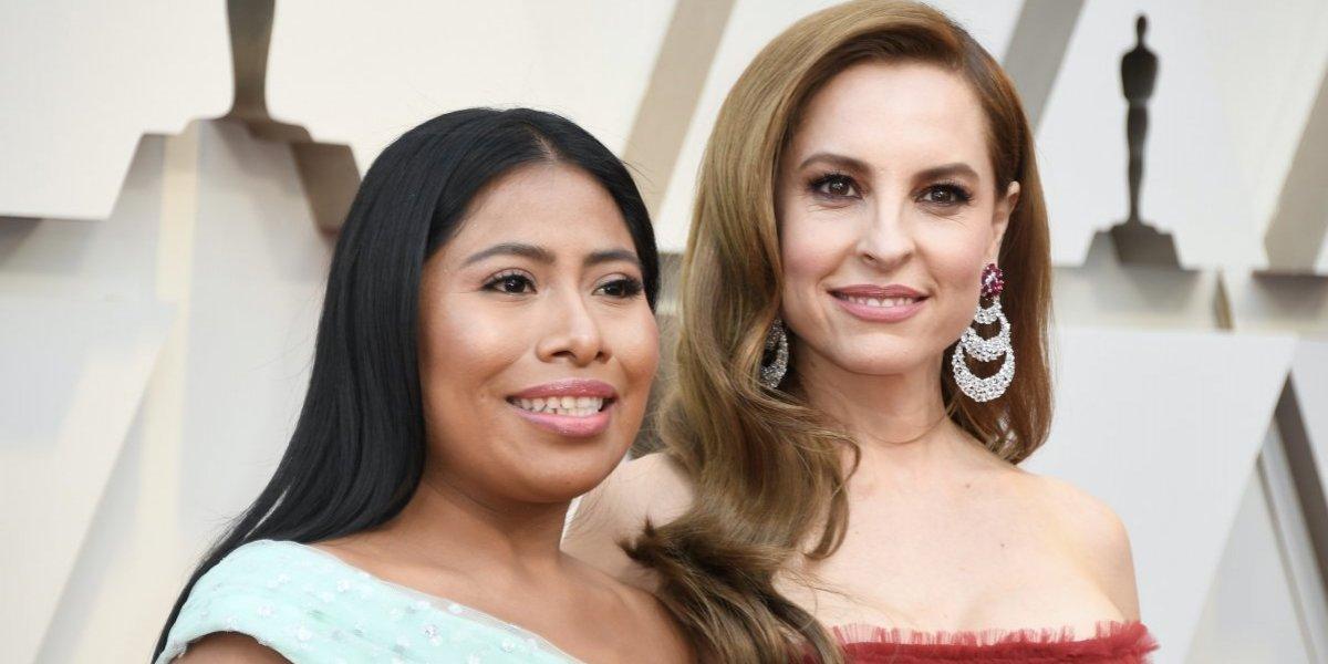 Critican a Yalitza Aparicio por el vestido que eligió para la alfombra roja de los Oscar