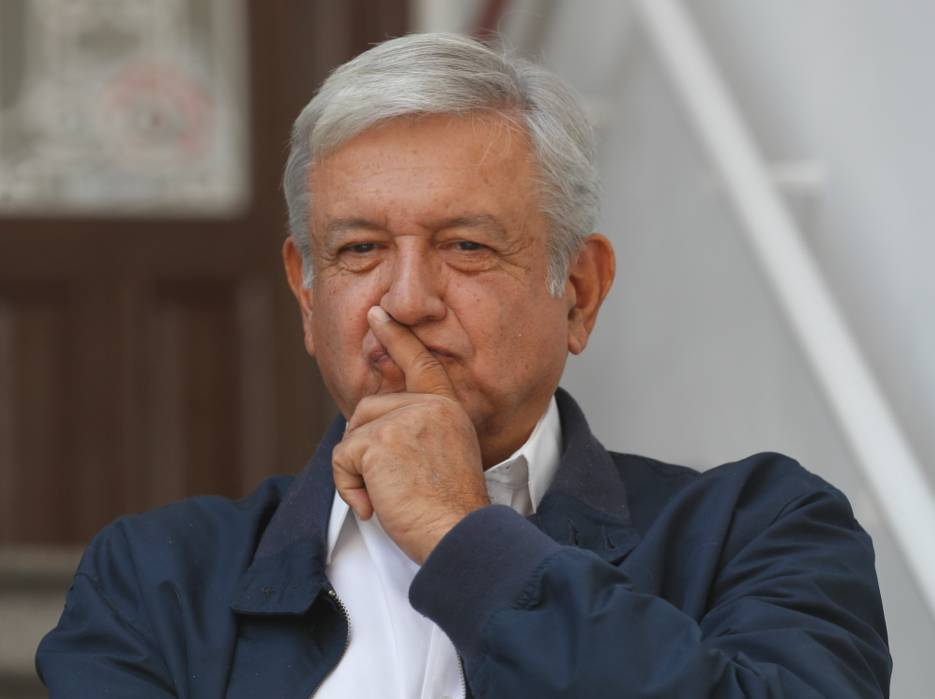AMLO censura