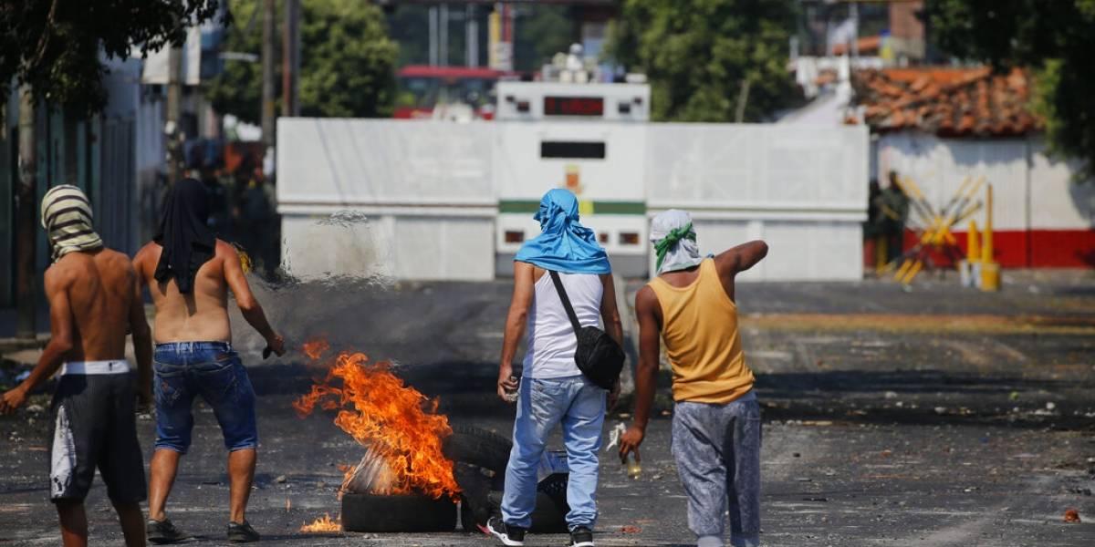 Reitera México diálogo para evitar actos de violencia en Venezuela