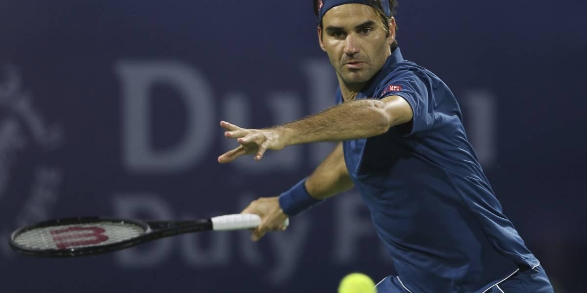 Federer arranca en Dubai con triunfo sobre Kohlschreiber