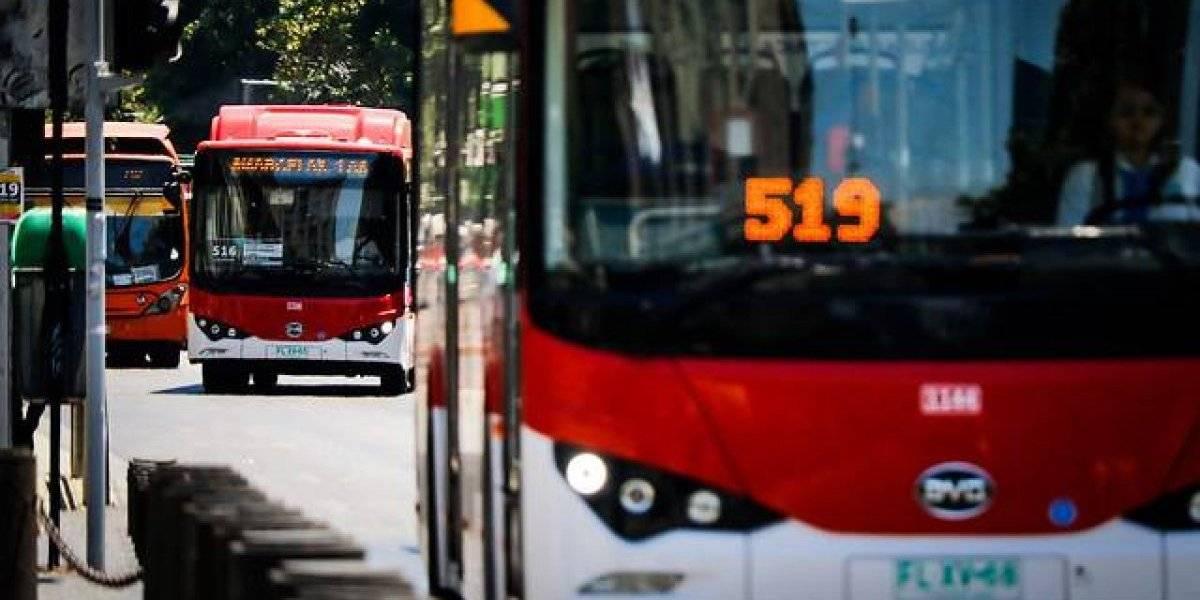 Después de largos meses de retraso e incumplimiento de fechas: Gobierno confirma licitación del Transantiago y llegada de dos mil nuevos buses para engrosar flota