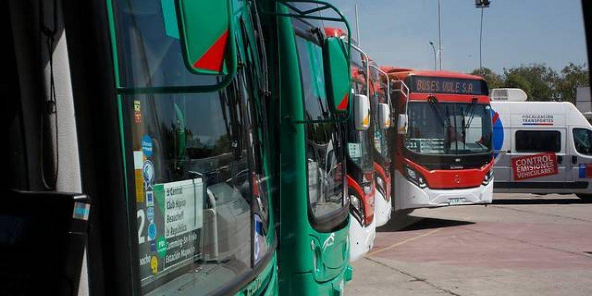 Al estilo londinense: así es el tecnológico bus de dos pisos del Transantiago que recorrerá Maipú