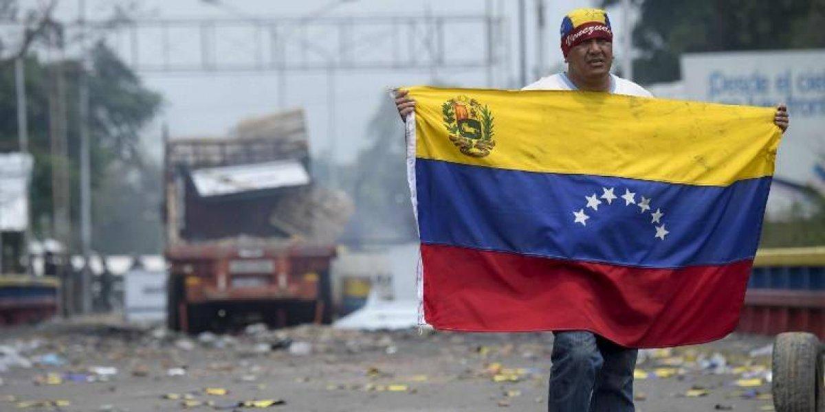 EE.UU. sanciona a oficiales leales a Nicolás Maduro que bloquearon ayuda humanitaria