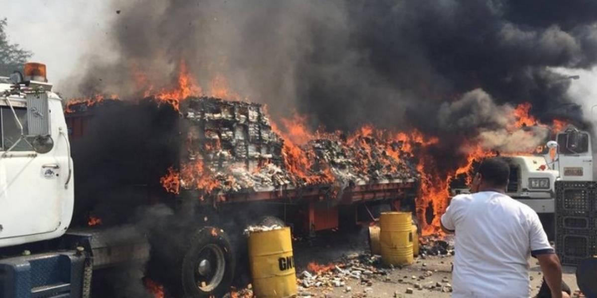 Esta sería la verdad de lo qué pasó con los camiones quemados con ayuda para Venezuela